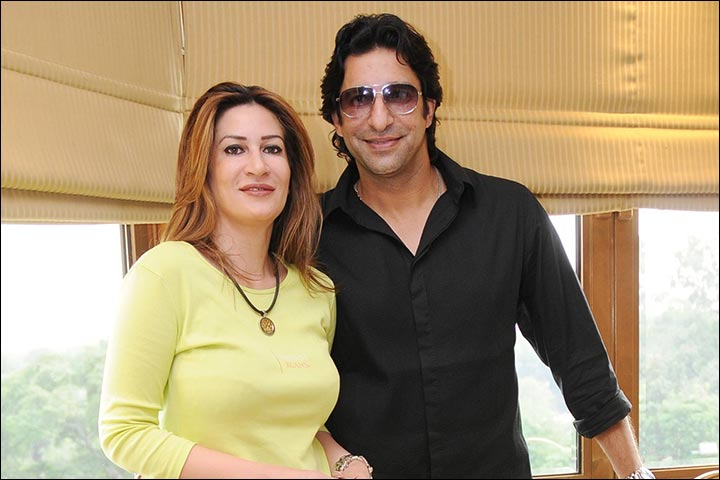 Wasim Akram Marriage And Huma Mufti