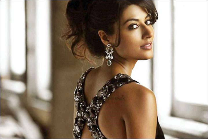 Chitrangada Singh's Marriage - Chitrangada Poses For Tanishq