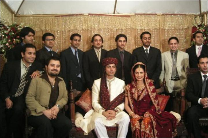 Fawad Khan's Marriage - Fawad And Sadaf's Marriage Family Pic