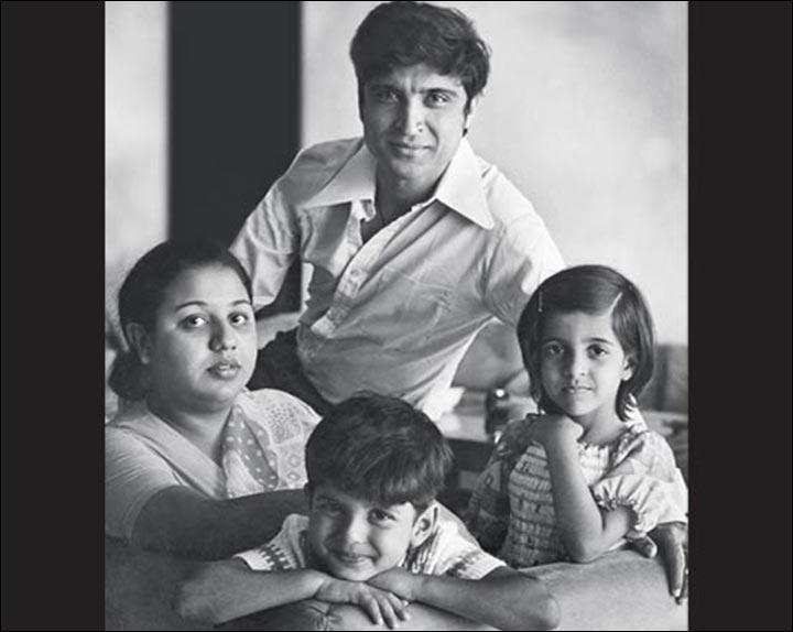 Javed Akhtar's Marriage - Javed And Honey With Zoya And Farhan In The 80s