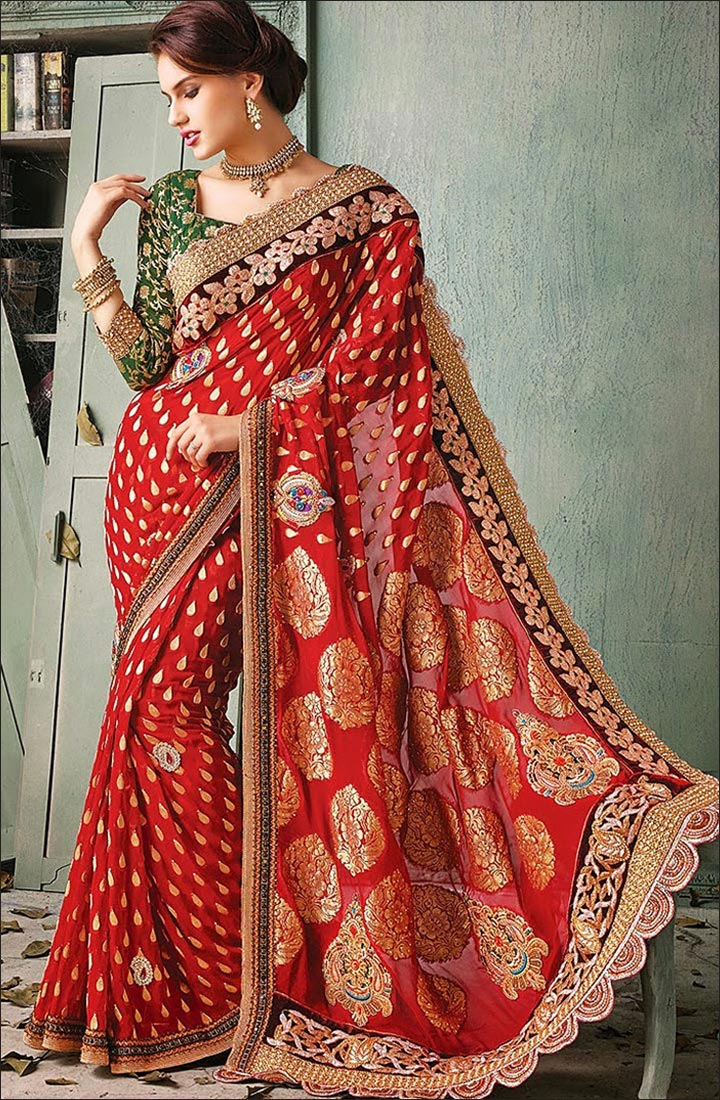 How To Drape A Saree To Look Slim - Manage The Pallu Gracefully