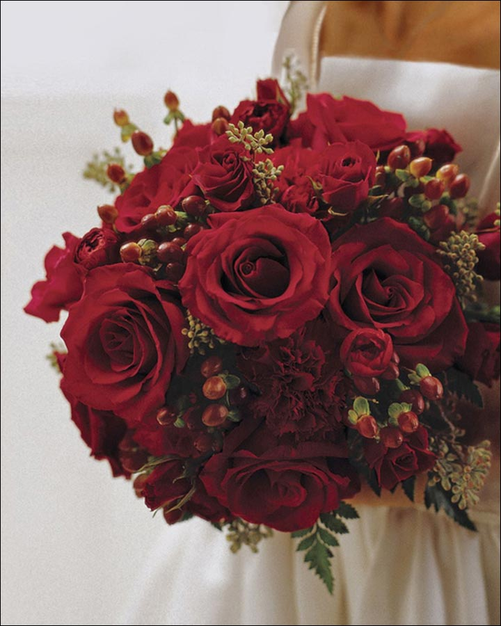 Red Rose Wedding Bouquets: 20 Ravishing Reds To Choose From