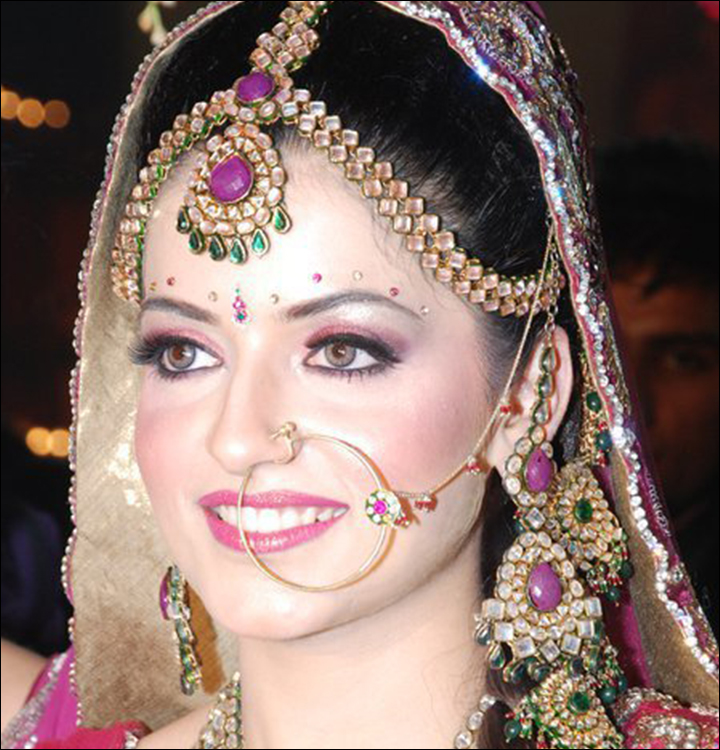 Bridal-Decorative-Bindi-bindi designs