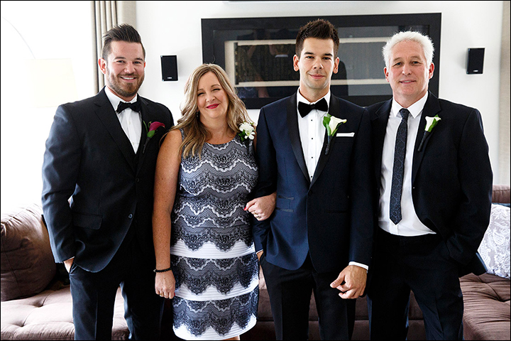 The-Family-Portrait-–-Groom-&-Parents-must-have-wedding-photos-you-dont-want-to-miss