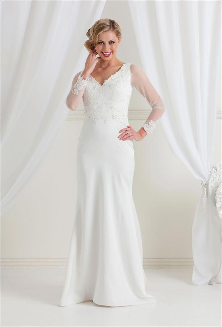 10 killer wedding dresses for older brides for Older brides wedding dresses