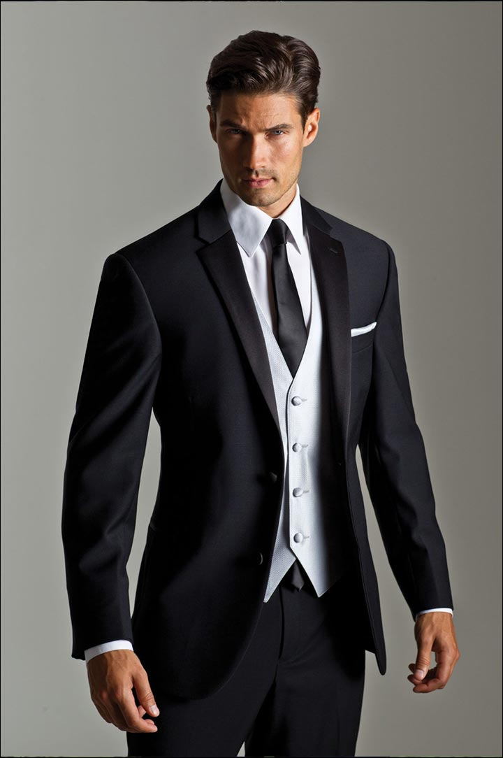 What to wear to a black tie wedding 9 sartorial solutions for Black tuxedo shirt for men