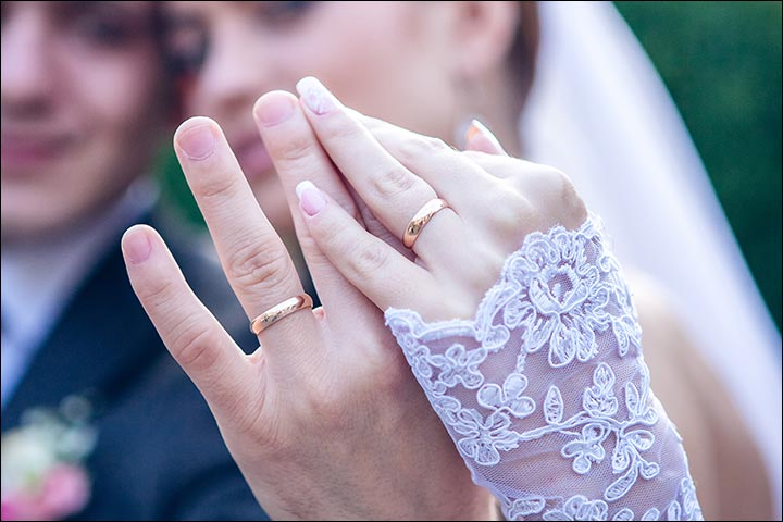 weddings-rings-and-their-history-Why Do We Wear Our Wedding Ring on the Left Hand