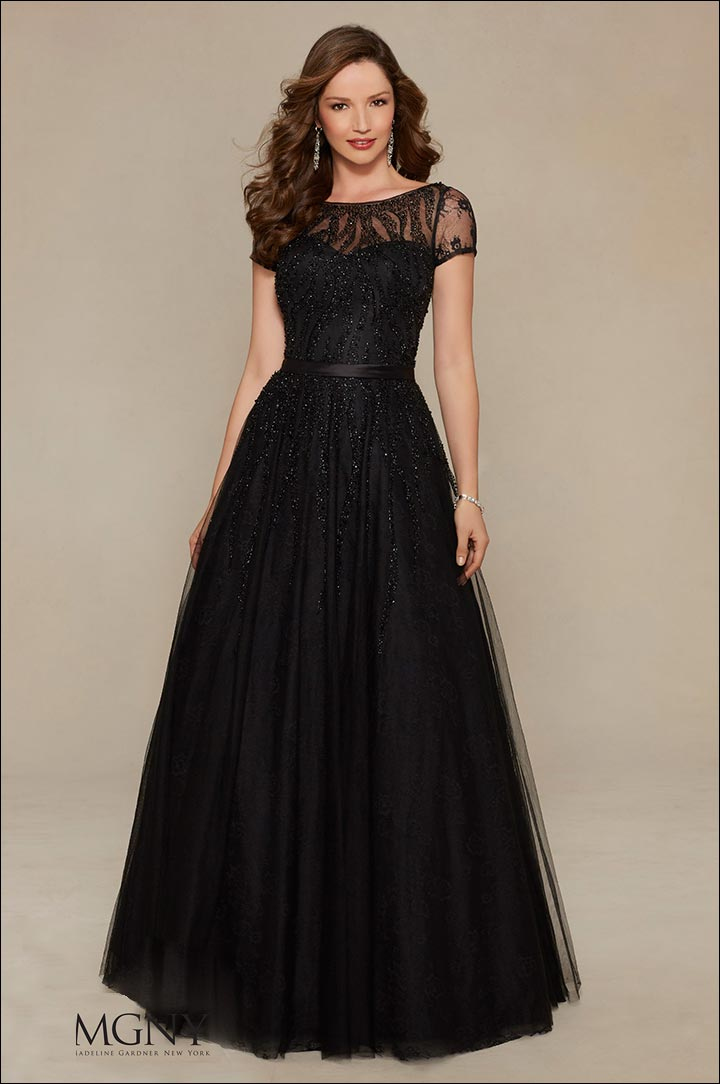 women in black dress what to wear to a black tie wedding